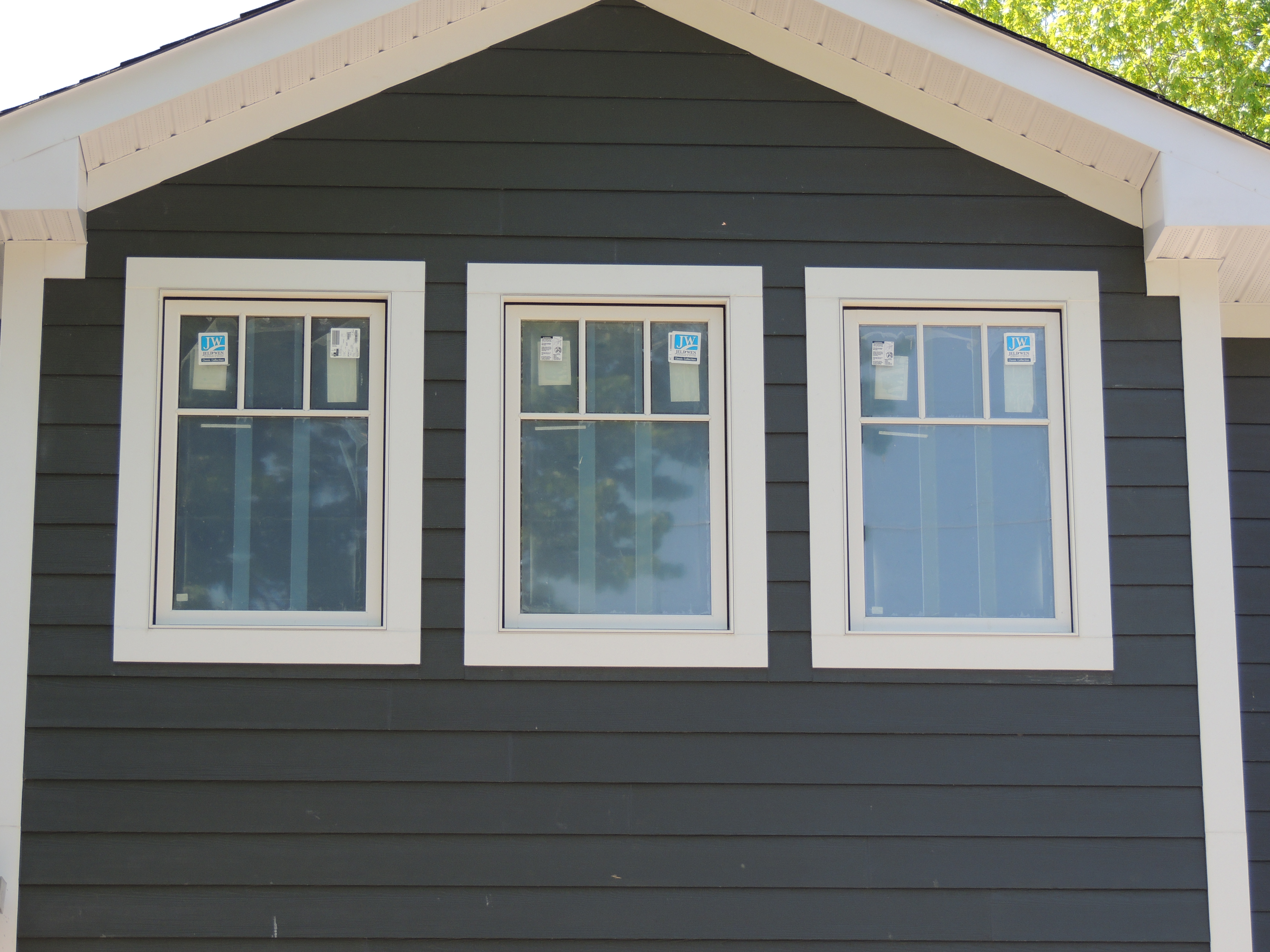 Jeld-Wen Clad Casement Windows