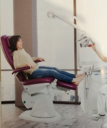pedicurechaise.jpg