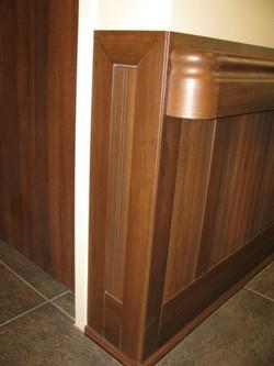 Ven4ma Beadboard Wainscot, Handrail