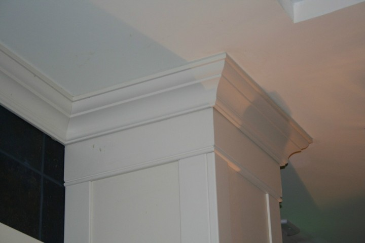 Crown Molding, Wainscot