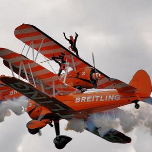 Breitling Wingwalkers Close Cross