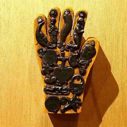 Milagros Hand