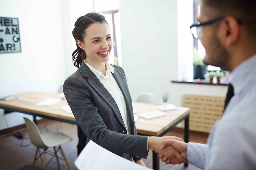 7 tips para atraer y contratar mejores vendedores - blog de negocios de Kaizen Coach Luis Marino