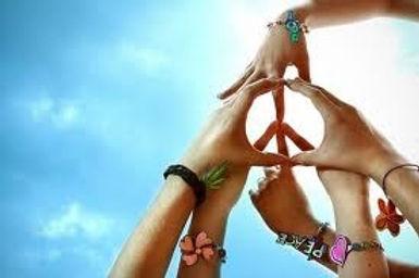 mains paix.jpg