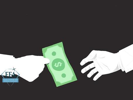 Quais são os limites das doações corporativas a entes governamentais?