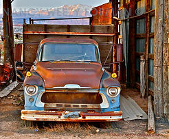 RUSTY TRUCK CHEVY ART