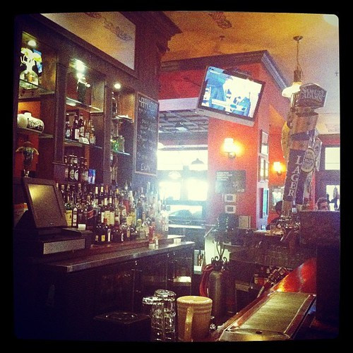 183: dinner at a bar