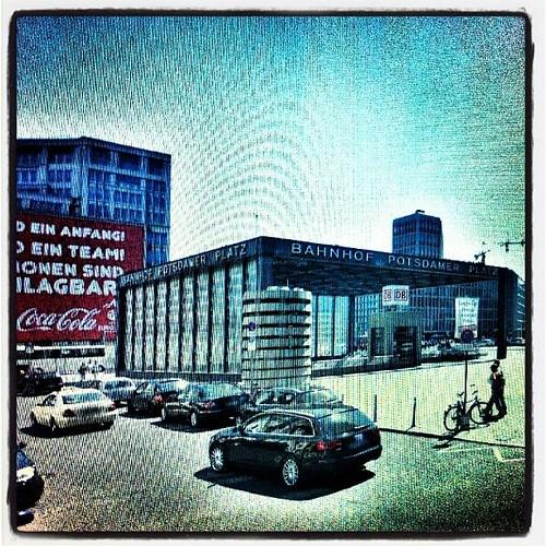 Project 366: day 360: roaming around Berlin via google earth.