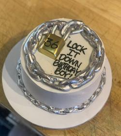 Lock Cake