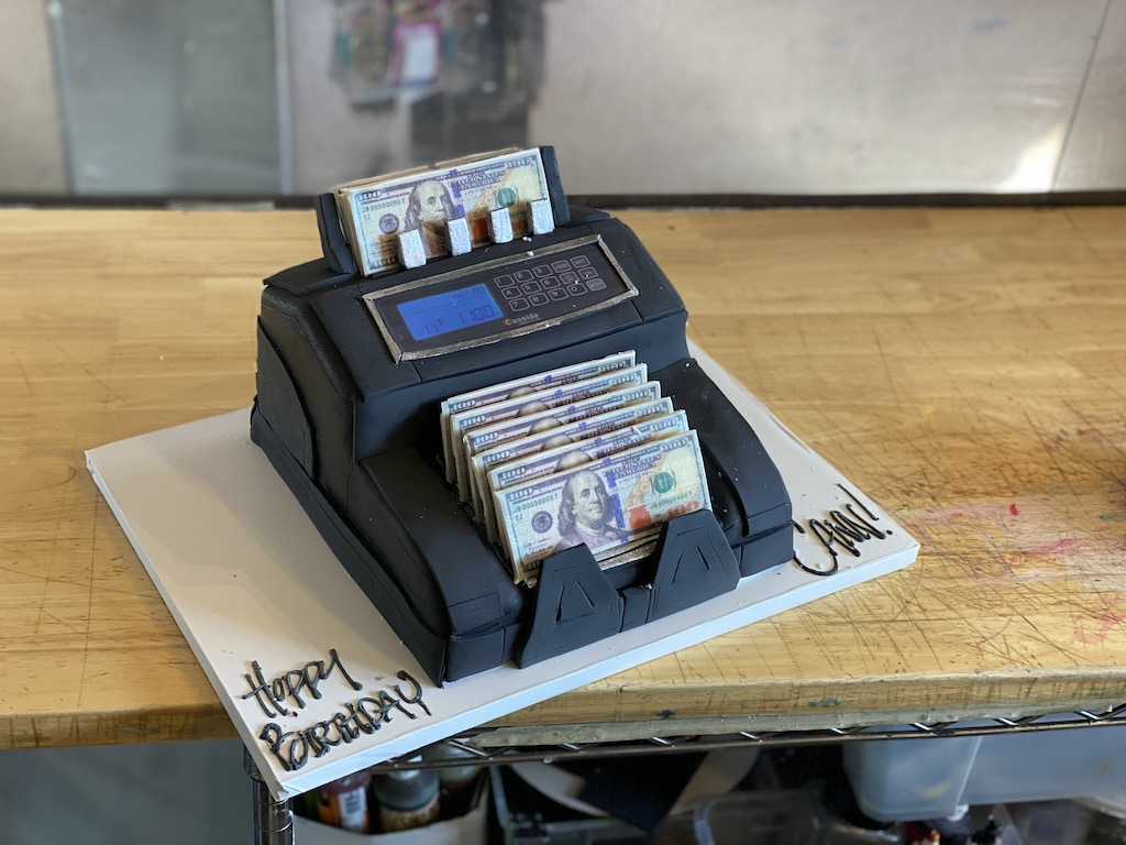 Money Counting Cake