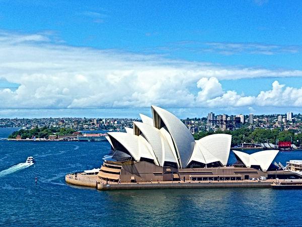 australia-1281935_1920.jpg