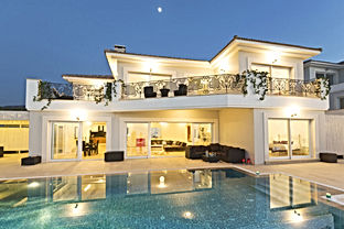 lyxvilla med infinty pool