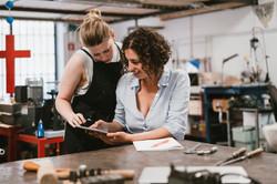 Las mujeres en el taller