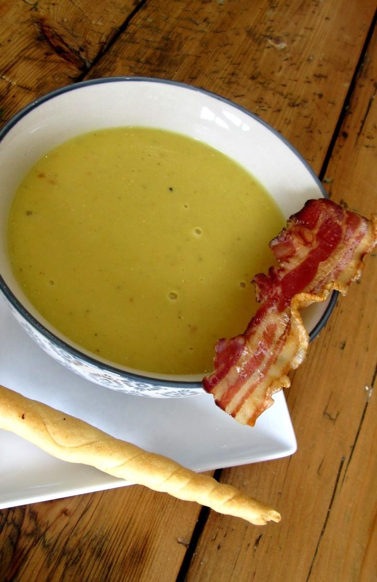 soupe_de_lentille_corail_-_lait_de_coco_et_sa_chips_de_poitrine_s+®ch+®e_(4)