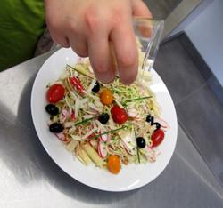Salade_Penne_Crudités__parmesan_(4)