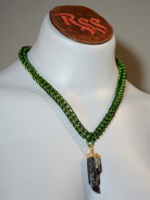 Green Chainmail Box Chain & Raw Tourmaline Necklace accessory jewelry