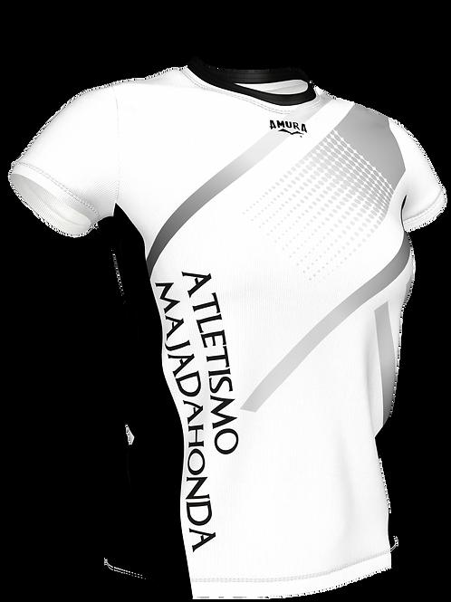 Camiseta con manga femenina