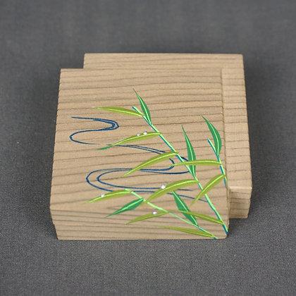 神代杉  色紙重  葦に流水香合