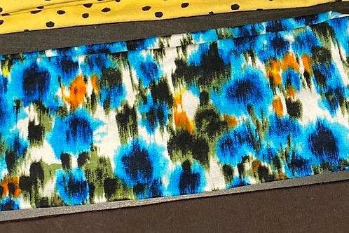 Blåmønstret pannebånd