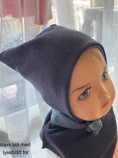 Gavesett; Baby/småbarnslue + hals i merinoull, inkl Julekule m/tekst