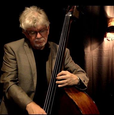 Peter Walters Bassist