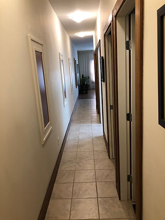 Little Paradise Vacation Condo hallway.j