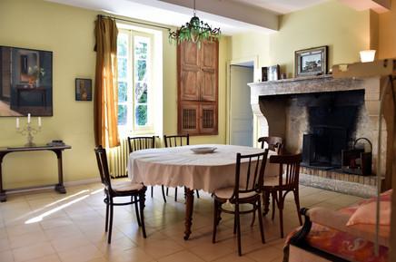 HolyChicHomes - Mas Méjean - St Rémy de Provence Dinning Room cheminey