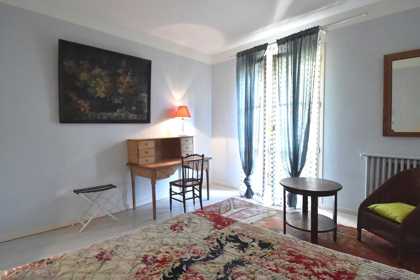 Le Mas Méjean - St Rémy de Provence - bedroom