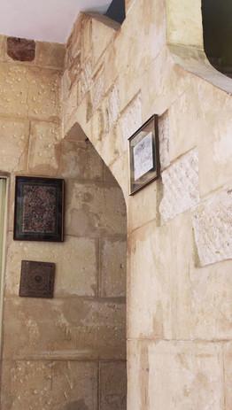 HolyChicHomes - Mas Méjean - Traditionnal Stone stair case