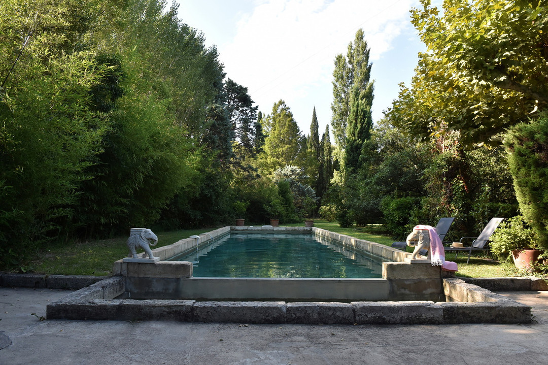 HolychicHomes - Le Mas Méjean-St Rémy de Provence-swimming pool