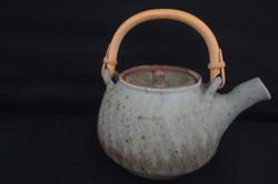 fluted teapot
