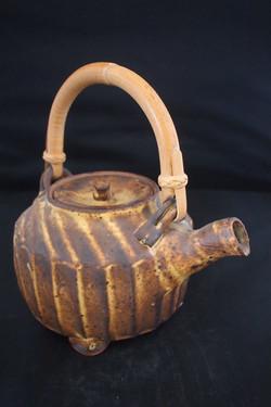 cut side teapot