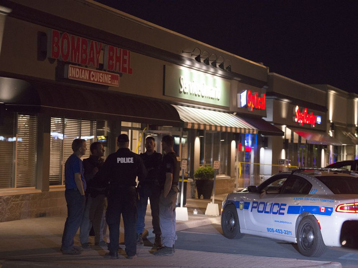 Two men set off bomb in restaurant in Mississauga; 15 wounded