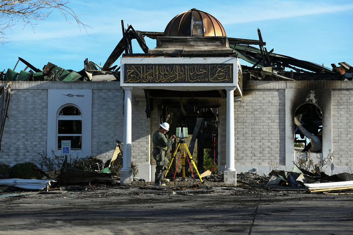 Man sentenced to nearly 25 years for arson of Texas mosque