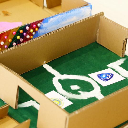 CreativeBox32.jpg
