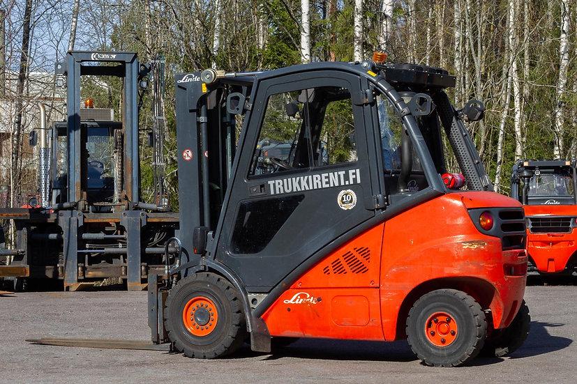 Vuokrattava dieseltrukki Linde H25D (2008)