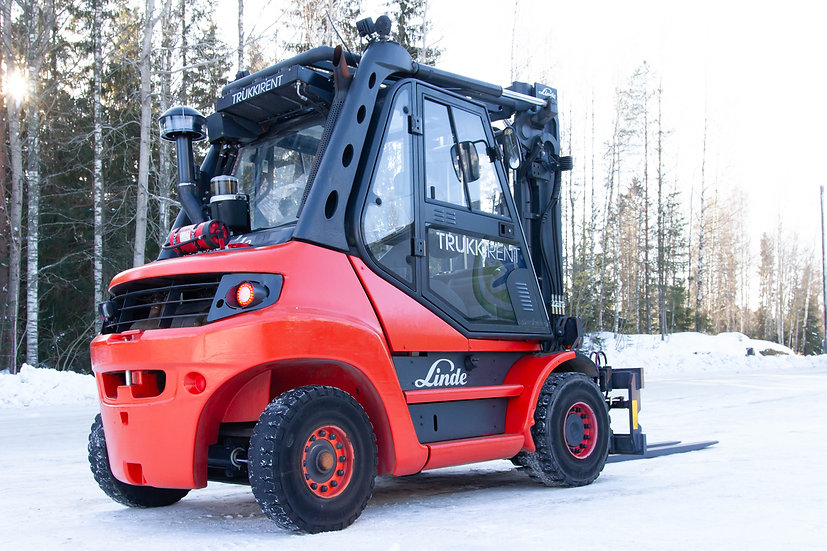 Vuokrattava Dieseltrukki Linde H70D-01 takaa oikealta