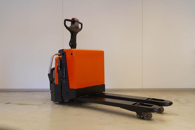 Käytetty lavansiirtovaunu BT LPE 200/8 oikea etukulma