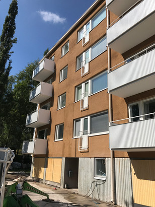 Lahnaruohontie 2, Helsinki