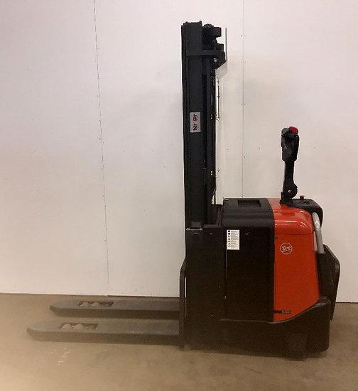 Käytetty pinoamisvaunu BT SPE 125