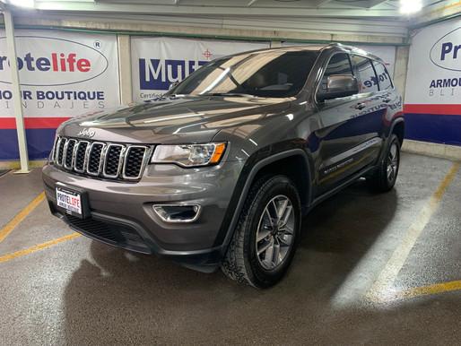Jeep Grand Cherokee Laredo Piel 2020