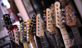 boutique-guitars-1024x595.jpg