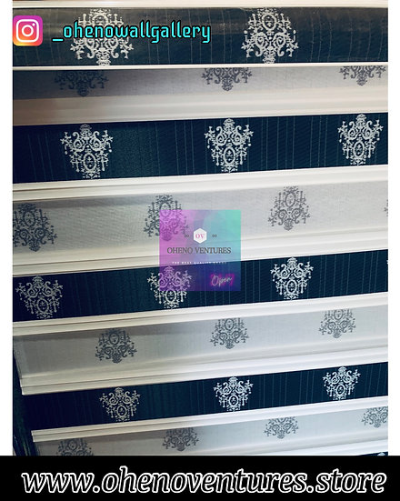 Black and white flowered Window Blind