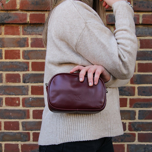 Sally Burgundy - Leather Beltbag