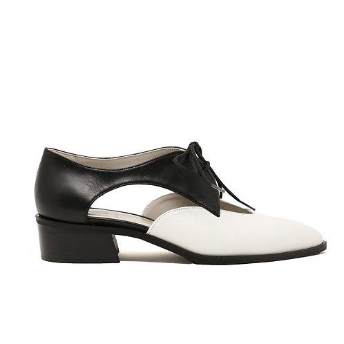 Walk Me Oxford Shoes