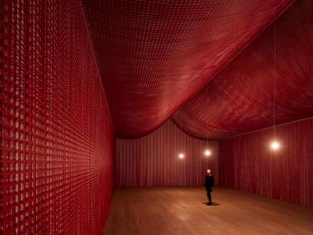 英國藝術家Cornelia Parker首次於澳洲的大型個展