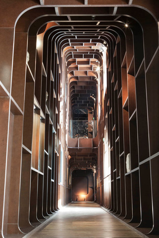 Musée Belmondo couloir