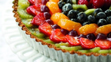 Sum, sum, summer time! Time for fresh fruit tart with gingersnap crust