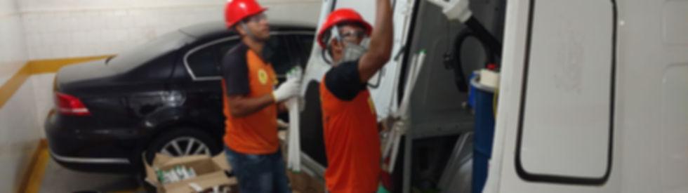 homem-limpando-a-casa-faxina-14249952510