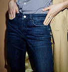 MAC Jeans 02.png